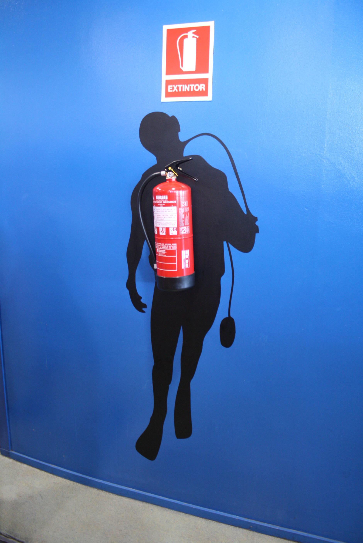 Clever decoration idea found at Aquarium Barcelona.