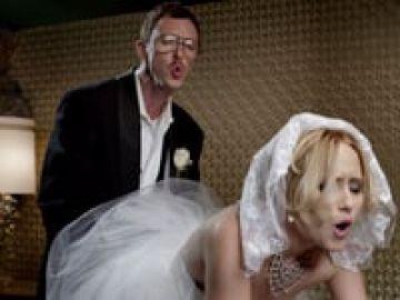 Skittles – Newlyweds – Dir. COUSINS